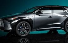 VinFast và nhiều 'ông lớn' chạy theo xu thế ô tô điện nhưng Toyota nói không bởi... 'gây hại môi trường'