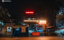 Ảnh: Xuyên đêm thiết lập chốt phong tỏa tại Bệnh viện Phổi Hà Nội sau khi ghi nhận 9 ca dương tính SARS-CoV-2