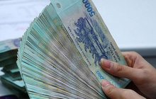 Ngân hàng tiếp tục rao bán hàng loạt khoản nợ vay tiêu dùng, không tài sản đảm bảo