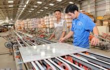 Người nhà lãnh đạo CVT muốn bán sạch 3,5 triệu cổ phiếu khi thị giá đang lao dốc 18% từ vùng đỉnh tháng 3