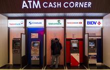 """Vì sao xáo trộn tăng trưởng lợi nhuận ở """"Big 3"""" ngân hàng Việt?"""