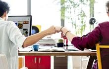 """Những thủ thuật """"vàng"""" giúp cải thiện mối quan hệ với đồng nghiệp và sếp: Làm xa hay làm gần thì dân công sở cũng nên đặc biệt lưu tâm để thăng tiến"""