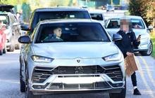 Đang lái Lamborghini Urus trên đường, Ronaldo thực hiện một hành động khiến ai cũng khen hết lời