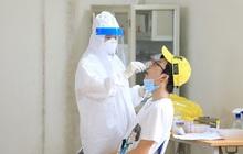 Một nhân viên y tế và thợ cắt tóc mắc COVID-19, Hà Nội thêm 5 ca mới