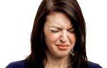 """Đắng miệng, khô cổ họng làm bạn """"mất ngủ"""" mỗi đêm: Đừng chủ quan, đó có thể là dấu hiệu của 5 vấn đề sức khỏe nghiêm trọng này"""