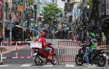 Người dân TP HCM mong chờ ngày tháo bớt các chốt chặn