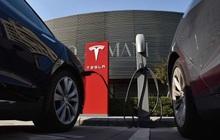 """Chủ xe Model S bị Tesla kiện, đòi bồi thường gần 18 tỷ vì """"huỷ hoại danh tiếng công ty"""""""