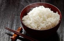 Những sai lầm khi nấu khiến cơm vừa mất hết dưỡng chất, vừa gây hại cho sức khoẻ: Học người Nhật 2 mẹo khi nấu cơm!