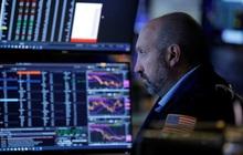 Lợi suất trái phiếu tăng, lo ngại lạm phát, trần nợ, Phố Wall bị bán tháo