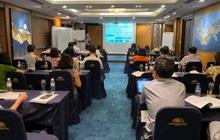 """FMIT tặng khóa học bổng lãnh đạo """"kiến trúc hệ thống quản trị"""" cho các nhà điều hành"""