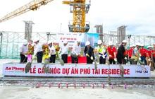 Phu Tai Residence trao tặng vàng SJC và xe SH 150i mừng lễ cất nóc