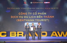 """BenThanh Tourist nhận giải thưởng """"Thương Hiệu Vàng"""" UBND TP.HCM trao tặng"""