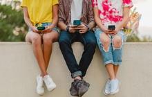 """Thị trường smartphone phổ thông: Cuộc chơi những """"trái tim thép"""""""
