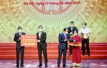 Tập đoàn FLC tiếp tục ủng hộ 5 tỷ đồng tới quỹ vaccine phòng Covid-19 của thành phố Hà Nội