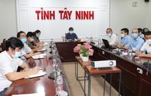 Bàn giao nhà xưởng tại KCN Thành Thành Công để thành lập bệnh viện dã chiến
