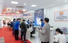 Không khí tưng bừng đợt 1 mở bán iPhone 13 chính hãng tại Việt Nam