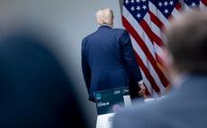 Có động thái vô lý về chính sách kinh tế, ông Trump đang mắc sai lầm lớn?