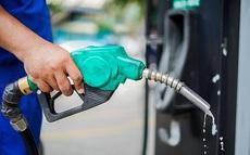 Giá xăng tăng mạnh hơn 570 đồng/lít, lên mức cao nhất trong 3 năm