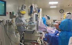 """Một bệnh nhân Covid-19 nặng """"không kém so với phi công người Anh"""" được đưa từ An Giang về TP.HCM điều trị"""