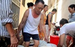 """Tăng giá nước 20% Hà Nội có hết """"khát""""?"""