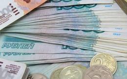 """Đồng ruble bất ngờ trở thành """"ngôi sao mới"""" trên thị trường tiền tệ"""