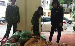 """Hà Nội: Thu giữ 1 tấn lợn thối được """"phù phép"""" thành thịt tươi"""
