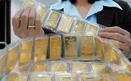 Vàng trong nước giảm theo thế giới