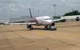 Đóng cửa đường băng bị sét đánh: Đã điều chỉnh xong các chuyến bay