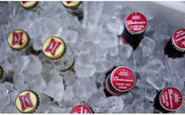 Sáp nhập 2 hãng bia lớn nhất thế giới: Người khổng lồ mới được sinh ra?