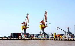 """Tàu ngoại tung chiêu """"móc túi"""" doanh nghiệp xuất nhập khẩu nội"""