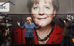 """Angela Merkel - """"Bông hồng có gai"""" của nước Đức"""
