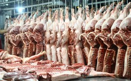 Tôm, cá, thịt tăng giá mạnh dịp cuối năm