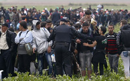 Croatia dỡ bỏ phong tỏa biên giới với Serbia