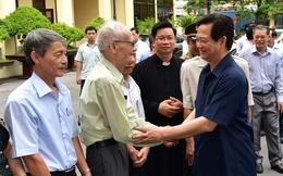 Thủ tướng tiếp xúc cử tri tại Hải Phòng