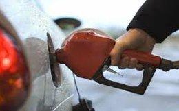[Hàng hóa nổi bật ngày 05/02]: Giá xăng E5 giảm 320 đồng/lít