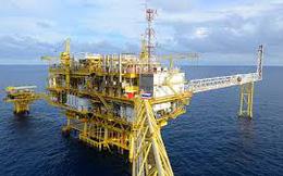 Vietsovpetro cắt giảm 400 người, mất cân đối 230 triệu USD vì giá dầu giảm