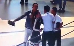 Sa thải thanh tra giao thông hành hung nữ nhân viên hàng không