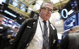 """Hơn 2.000 tỷ USD bị """"cuốn phăng"""" khỏi chứng khoán toàn cầu"""