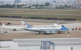 Dàn chuyên cơ chuẩn bị đưa Tổng thống Obama đi Nhật