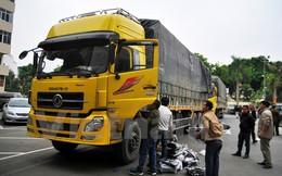 Hà Nội: Phát hiện 20 tấn hàng không rõ nguồn gốc tại Cảng Phà Đen