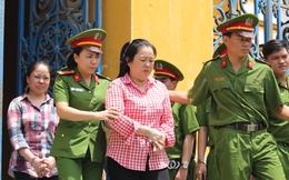 Hàng triệu USD đưa trái phép vào Việt Nam