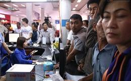 Vụ sập cầu Ghềnh: 300 hành khách ở ga Sài Gòn vật vờ chờ xe trung chuyển đến Biên Hòa