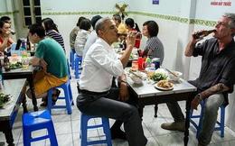 Từ chuyện ông Obama ăn 2 suất bún chả, nhớ ông Bill Clinton ăn phở 2 lần
