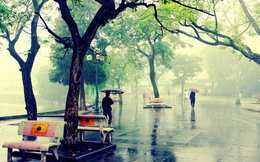 """Mùa mưa, khách sạn Hà Nội """"nghe tin buồn"""""""