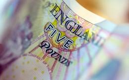 Bảng Anh trượt giá thê thảm nhất 32 năm