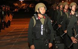 100 đặc nhiệm tinh nhuệ vây quanh ông Obama