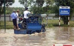 2 ngày sau mưa lớn, cư dân chung cư Nam Cường vẫn bị cô lập hoàn toàn