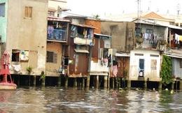 Vô tư lấn chiếm kênh rạch xây nhà không phép