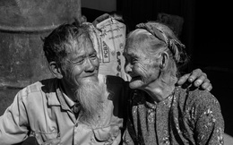 Đến 80 tuổi mới được hưởng chính sách, tiền trợ cấp lại chẳng mua nổi cái bánh mỳ!