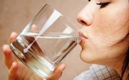 Điều gì xảy ra nếu uống nước ngay sau khi thức dậy?